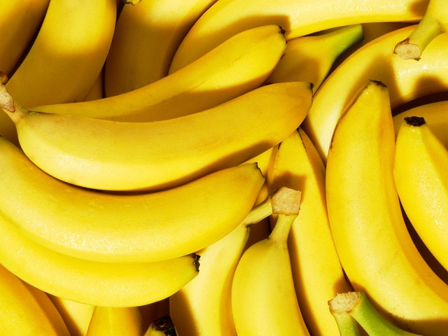 What Is The Right Way To Eat A Banana? A Very Serious Investigation