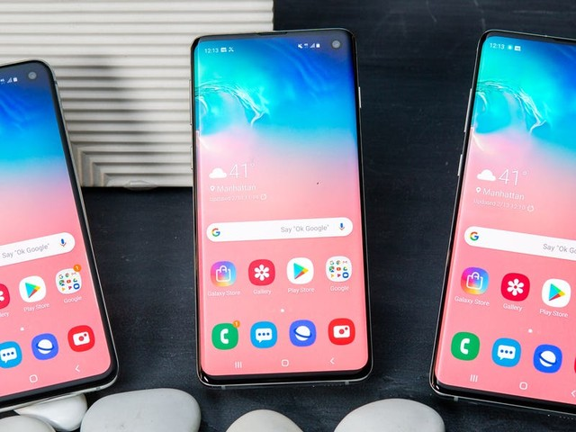 Samsung just gave 5 reasons not to upgrade to the $1,000 Galaxy S20 and to buy the older $430 Galaxy S10 phones instead