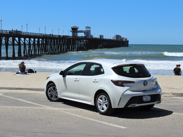 2019 Toyota Corolla Hatchback Pricing Announced; Big MPG Gains Await Those Who Hate Shifting