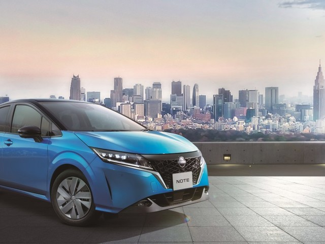 日本, 全く新しいノート, Nissan Launches All-New Note in Japan