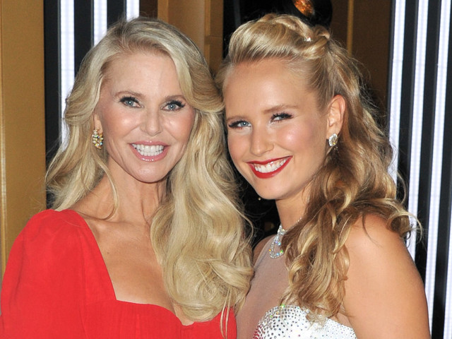 Sailor Brinkley-Cook reacts to Wendy Williams' claims that mom Christie faked 'DWTS' injury (Exclusive)