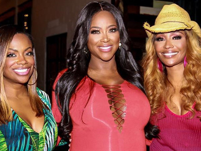 "Kenya Moore Secures RHOA Season 12 Peach After Forming ""Alliance"" With Cynthia Bailey & Kandi Burruss"