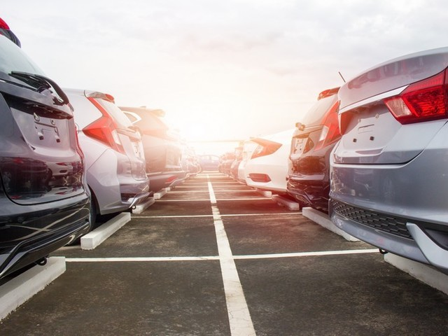 How to Get More Cars & Trucks for Your Car Dealership Lot