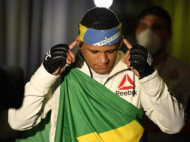 Gilbert Burns tests positive for COVID-19, out of Kamaru Usman title bout