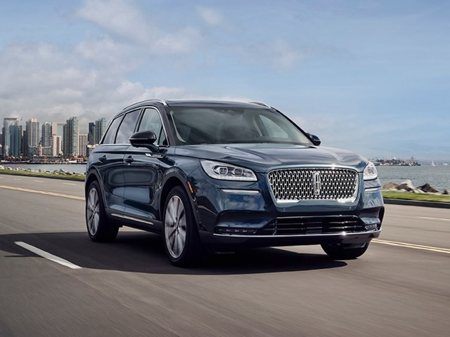 Lincoln has completed the revamp of its SUV lineup with the new Corsair. Now it's ready to take on Cadillac, Audi, and BMW (F)