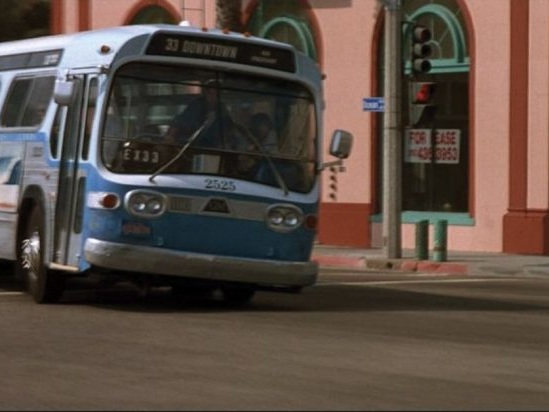"""Pop quiz, hot shot: What's the bus from """"Speed"""" worth at auction?"""