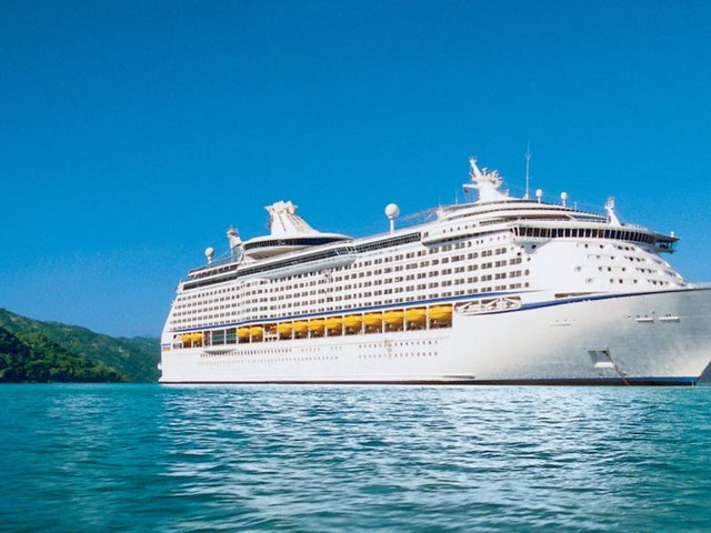 6 passengers on a Royal Caribbean cruise tested positive for COVID-19, a reporter on board says