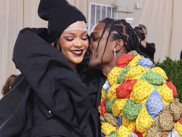 Fans Had Thoughts On Rihanna, A$AP Rocky's Late Arrival, Sleepy Looks At The Met Gala