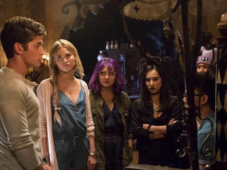 Marvel's Runaways Is a 2017 Teen Dream of a TV Show