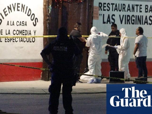 Playa del Carmen: seven men dead after shooting at bar in Mexican resort