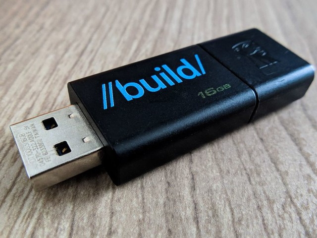 Microsoft confirms you really, really don't need to 'safely remove' USB flash drives anymore