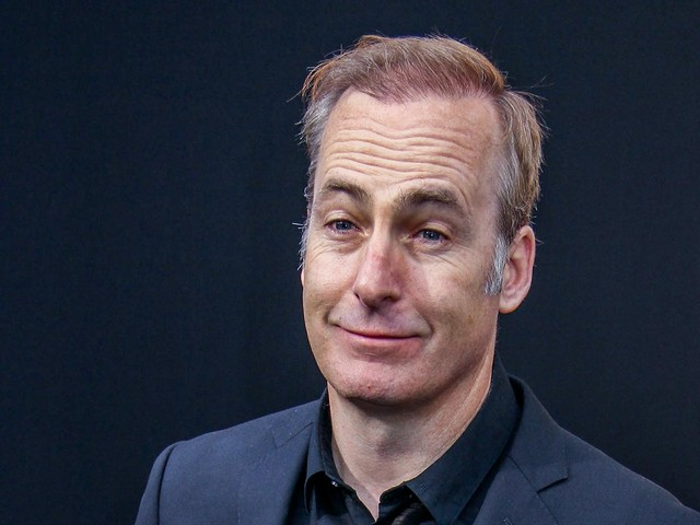 Conspiracy theorists think Bob Odenkirk collapsed because of the COVID vaccine