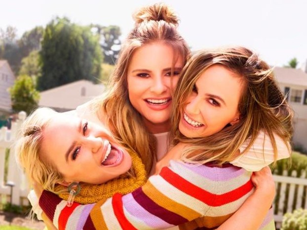 """It's in the Stars! Watch Becca Tobin Learn She's the """"Beyoncé"""" of LADYGANG"""