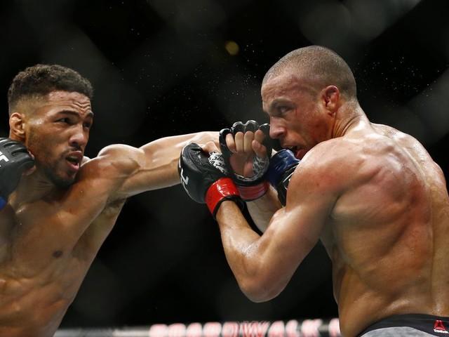 UFC Atlantic City results: Lee forces doctor's stoppage TKO vs. Barboza