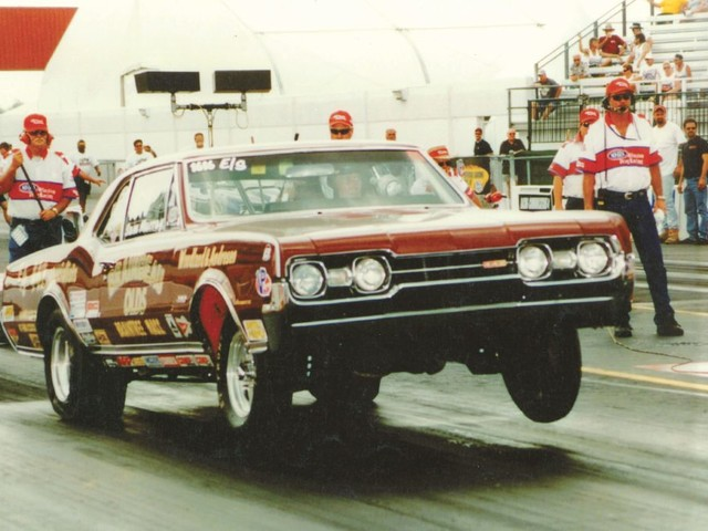 Loyed Woodland showed Oldsmobile how to skirt GM's competition ban and go drag racing