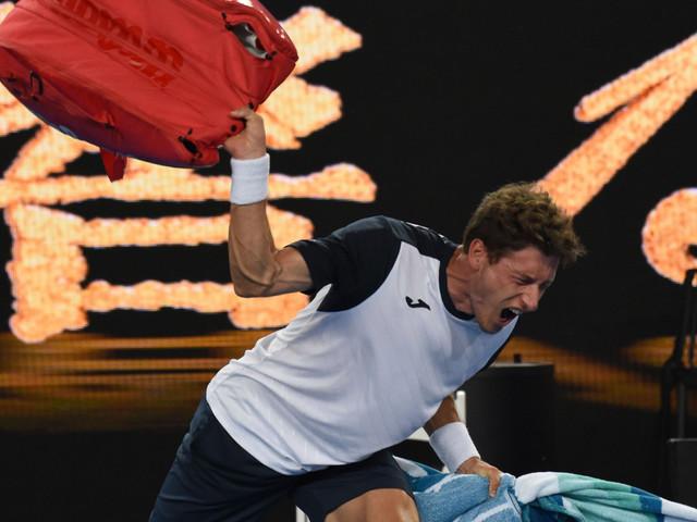 Pablo Carreno Busta 'explodes,' booed off court in Australian Open fiasco