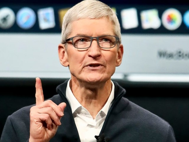 Strong iPhone holiday sales deliver record-breaking revenue for Apple (AAPL)