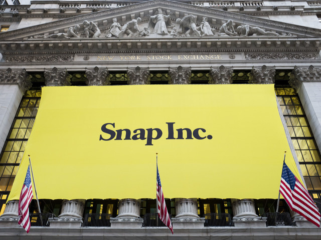 Time Warner said to invest $100 million in Snapchat shows, ads