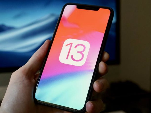 Apple releases iOS and iPadOS 13.2.2 with fix for background apps problem