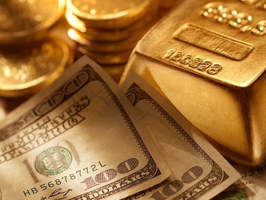 8 Reasons A Huge Gold-Mania Is About To Begin