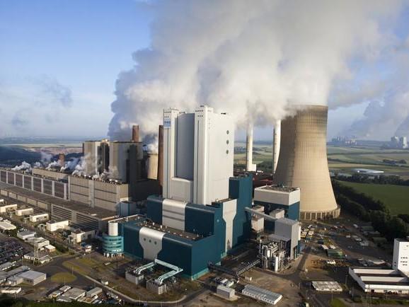 Merkel Inks Deal For Stalled German Coal Exit