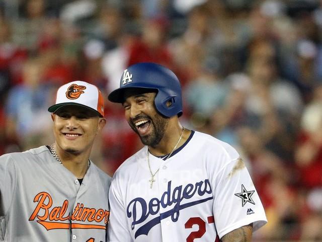 Manny Machado traded to Dodgers