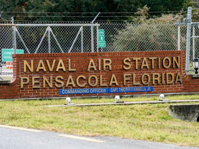 Feds: Saudi Gunman Tweeted Against US Before Pensacola Naval Base Shooting