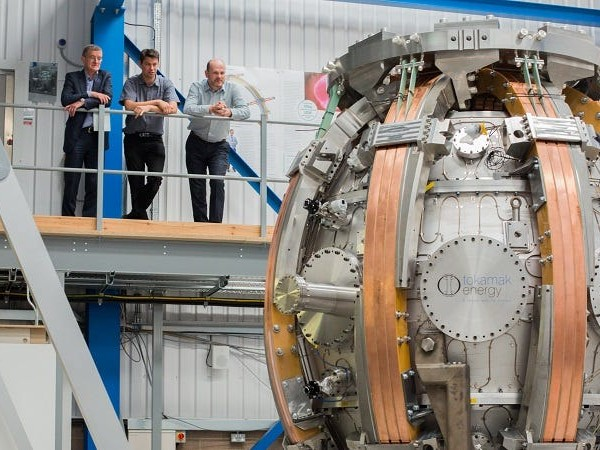 Tokamak Energy just raised $87 million to put fusion energy on the grid by 2030. Here's why a top analyst says that timeline is unrealistic.