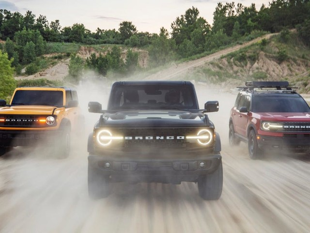 Ford just revealed the all-new Bronco SUV to take on Jeep and Land Rover — have a closer look at the first Bronco since 1996 (F)