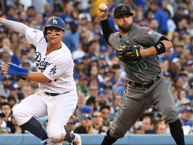 Dodgers' early struggles continue as they fall 9-1 to Diamondbacks