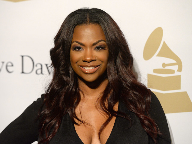 'You Went Back to Your Xscape Days': See Kandi Burruss' New Hairdo Fans Say Is 'Poppin'
