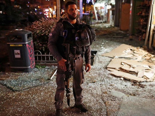 'This is Kristallnacht': Palestinians continue attacks on Israelis with rockets, street violence