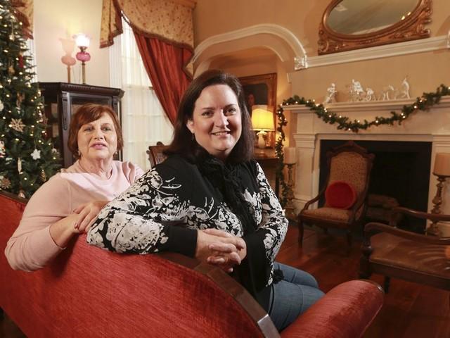 Saving history: Couple turns antebellum home into B&B