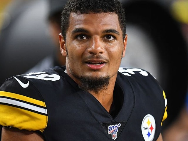 Pittsburgh Steelers player says decision to honor Antwon Rose on helmet came from management, but team says otherwise