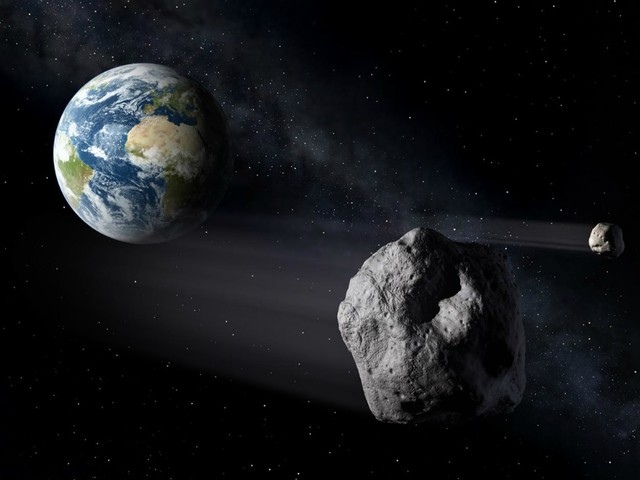 Potentially Hazardous Asteroid to Fly By Next Week: What You Should Know