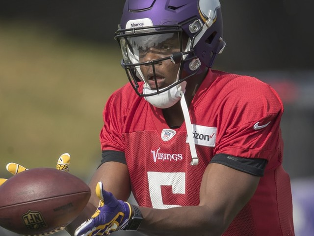 All eyes on Teddy Bridgewater in Vikings practice, but entire quarterback situation worth watching