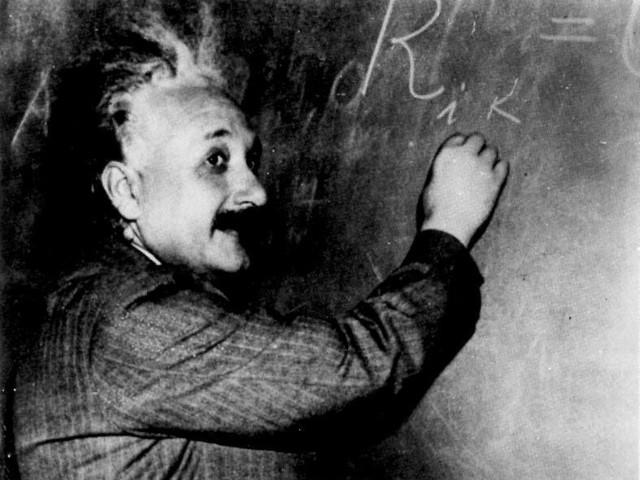 Albert Einstein: The Life of a Brilliant Physicist