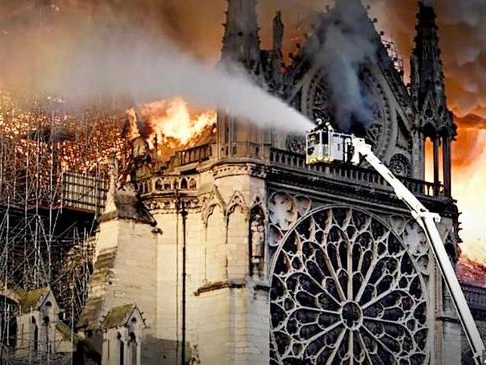 Notre-Dame Scaffolding Firm Admits Workers Were Smoking, Denies Starting Fire