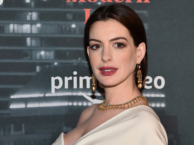 Anne Hathaway Shares New Baby Bump Photo on Her Birthday