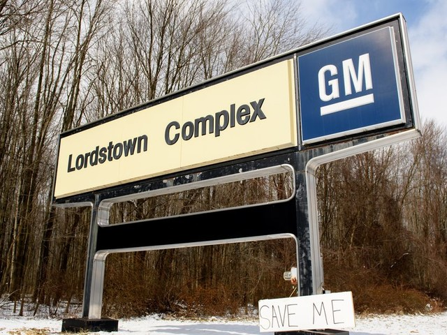 GM still plans to sell Lordstown plant to EV startup after UAW strike