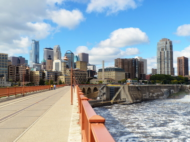 Top Online Colleges and Best Value Schools (ROI) in Minnesota