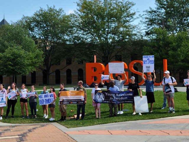 I Protested My University's COVID-19 Vaccine Mandate. Here's What Happened.