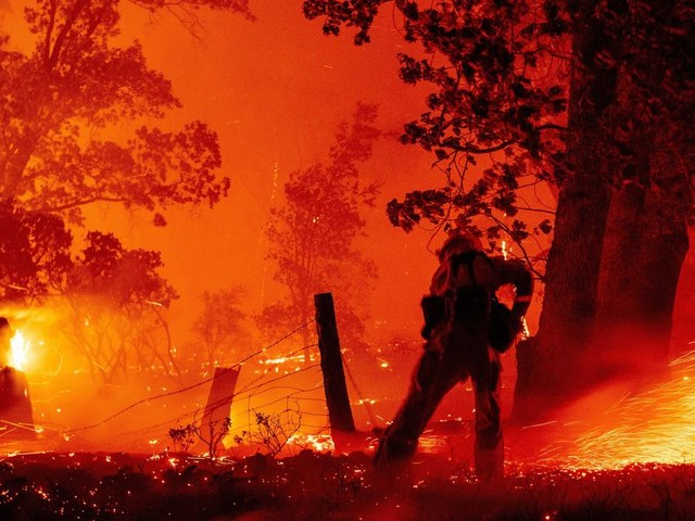 Authorities arrest 4 people on arson charges in deadly and massive California, Oregon, and Washington wildfires