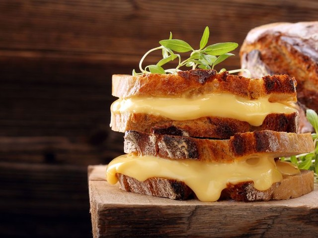 19 Ways to Make an Ordinary Grilled Cheese Extraordinary