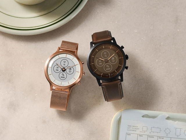 Fossil's new Hybrid HR smartwatch has an always-on display and 2+ weeks of battery life