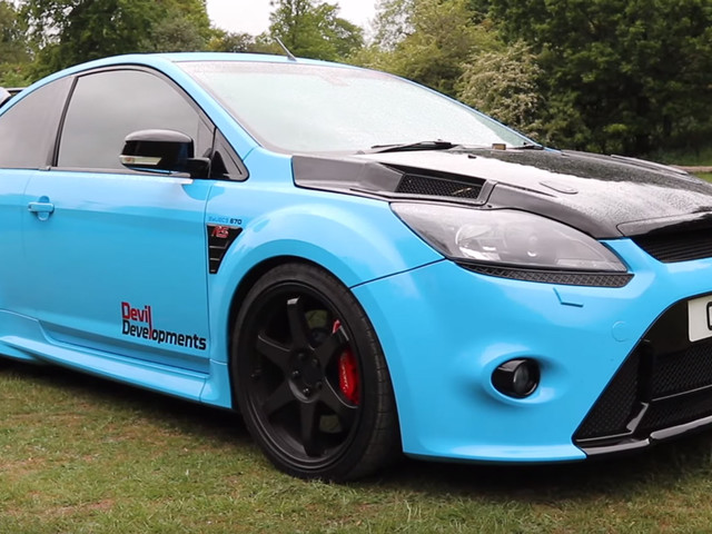 This Ford Focus RS Has 900 HP Running Through The Front Wheels!