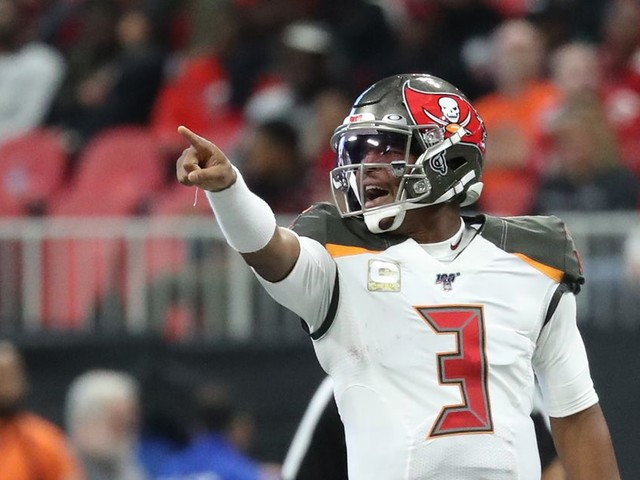 Here's why the Bucs should bring Jameis Winston back