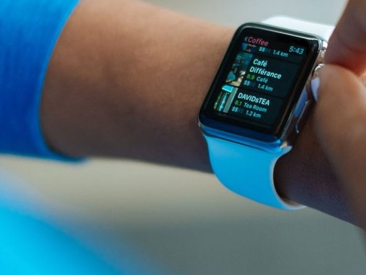 Smartwatch vs. Fitness Tracker? The Differences and How To Choose