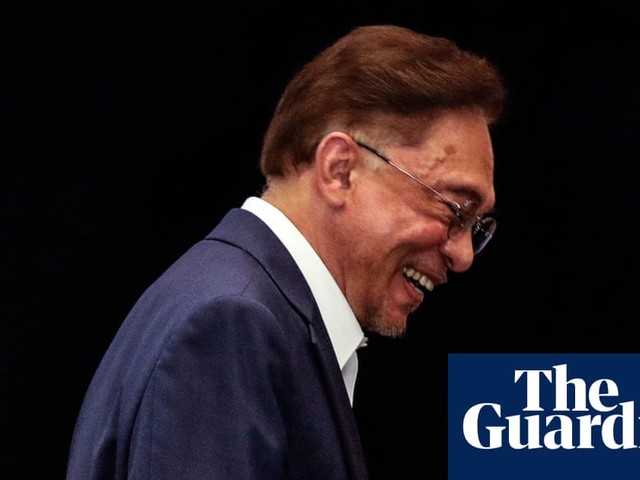 Malaysia's Anwar Ibrahim to meet king in decades-long push to become PM