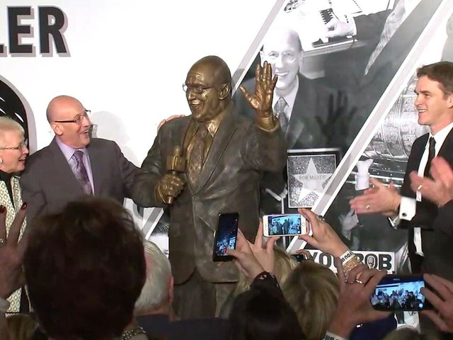 LA Kings broadcasting legend Bob Miller honored with statue at Staples Center